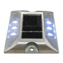 Usine de gros de la sécurité du trafic IP68 Cat Eyes solaire Clignotant LED réflectif goujon de route