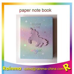 Einhorn-Papiernotizbuch mit Aufklebern