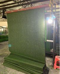 Prato inglese artificiale del tappeto erboso della moquette di plastica dell'erba verde con il reticolo personalizzato di marchio