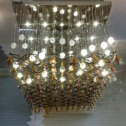 El vestíbulo de la burbuja sólida bola de cristal acrílico sombra y hojas con lámpara de araña de malla de rejilla de metal