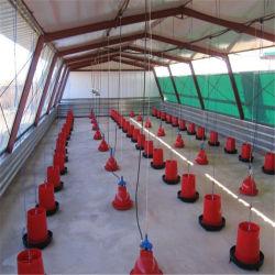 La construction à ossature en acier de construction préfabriqués Structure ferme avicole de poulets de chair de poulet préfabriqués chambre avec un ensemble complet de la volaille de l'équipement