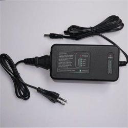 工場最もよい提供の卸し売り高品質の外部13.8V自動鉛酸蓄電池の充電器