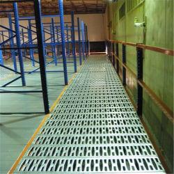 Piattaforma d'acciaio Using lo spazio superiore del magazzino per memoria