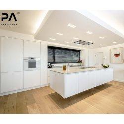 La Chine de gros fabricant de cuisine haut de gamme prêt fait modulaire moderne en bois laqué blanc Pantry armoires de cuisine