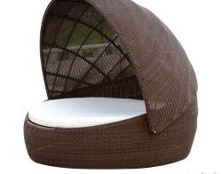 Design especial Jardim Piscina Pátio móveis de vime Espreguiçadeira Beach espreguiçadeira com Cannopy Sofá-cama com almofadas