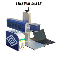 Trou de machine de marquage au laser CO2 graver sur le plastique