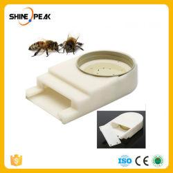 Новый портативный пластиковые Bee Вход подачи воды Mayitr котором жизнь бьет ключем пчелы улей Пчеловодство Календарь пчеловода оборудования прибора 140* 85 * 83 мм
