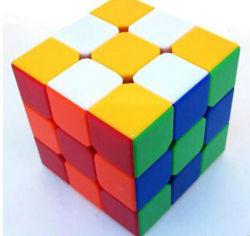 다양한 색상의 핫 셀링 iQ 게임 매직 큐브