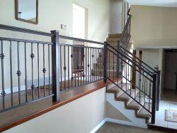 Casa prefabricada personalizada balcón de hierro forjado baranda metálica