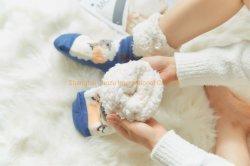 Espessura populares quente no inverno Térmica Anti Slip Home Chinelos Palavra meias de Natal Adulto Calçado de Inverno Meias Sapata Térmica meias meias de estocagem Meias-calças