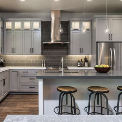 Commerce de gros d'usine de haute qualité armoire de cuisine en bois solide gris