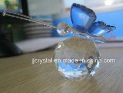 Mariposa de cristal para devolver los regalos de boda