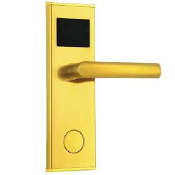 電気昇進の情報処理機能をもった電子ホテルの鍵カードのドアロック