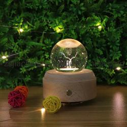 크리스마스 선물 조광 테이블 램프 뮤직 박스 3D 크리스탈 볼 충전식 LED 목재 베이스가 있는 야간 조명