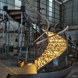 럭셔리 빌라 인테리어 디자인 맞춤형 이중 곡선 계단