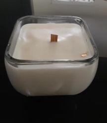 香りのための木製のふたの安定した蝋燭の木製の灯心が付いている卸し売り香りの曇らされたガラスの蝋燭の瓶