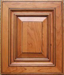 艶出しの終わりを用いるチェリーのキャビネットドアのチェリー色