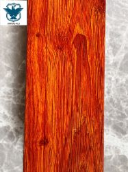 El patrón de grano de madera de alta gama de acabado de superficie de perfil de extrusión de aluminio