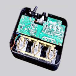 De Doos van EMS omvat de Oplossingen van de Assemblage van PCB