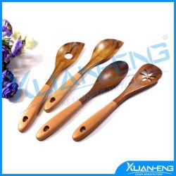 Cucchiai di minestra di legno intagliati mano di legno del teck dell'utensile