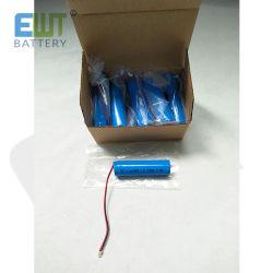 Banheira de venda Bateria de lítio de 3.7V 2200mAh Li-ion Bateria18650 para Flash-Light