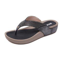 Les femmes string strass pantoufles de filtre en coin pantoufle Semelle en caoutchouc antidérapant port quotidien de l'été sandales de plein air d'usure de la plage d'usure ESG14145