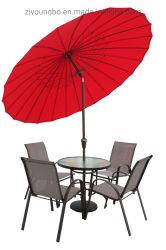 Aluの傾きおよびクランクの庭の屋外のテラスの傘