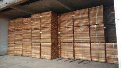 Dk en bois de cèdre rouge sec