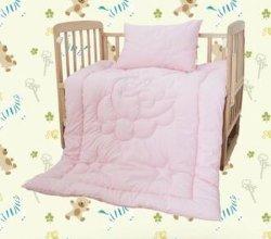 Het Vastgestelde Dekbed van het Beddegoed van de Voederbak van de baby met Hoofdkussen met Zacht en Comfortabel Ontwerp