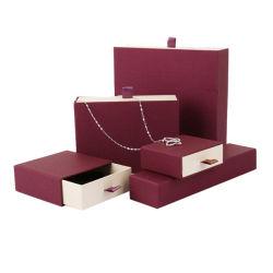 Document de conception de logo personnalisé Necklace Case Bijoux de tiroir de l'emballage cadeau filles boîte à bijoux