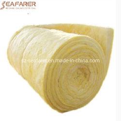 Пылесосом минеральной ваты упаковки рулонов короткого замыкания внутри помещения на стене