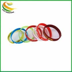 Braccialetto su ordinazione all'ingrosso del silicone del braccialetto di sport degli accessori di modo di marchio