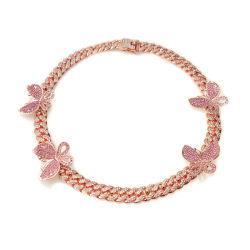 nam de 12mm Bevroren uit Halsband van de Nauwsluitende halsketting van de Vlinder van Vrouwen het Gouden Hoogtepunt van de Link van het Metaal Cubaanse met de Roze Juwelen van de Ketting van de Stenen van het Zirkoon toe