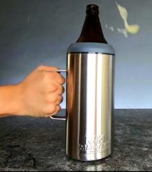 40 Oz uma caneca de cerveja em aço inoxidável isolada 40oz Frio