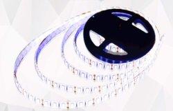 LED ストリップライト 7 カラーラン 60 SMD 5012V IP65
