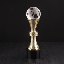金属が付いているカスタマイズされた水晶フットボールのガラストロフィ