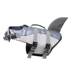 Het weerspiegelende Reddingsvest van het Kostuum van de Zomer van de Hond van de Vorm van de Haai Drijvende Zwemmende