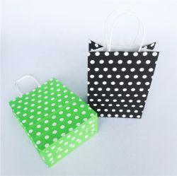 Usine prix bon marché de gros 120gsm de couleur noire Shopping sac de papier Kraft avec Poignée Torsadée Pochette Sac en papier kraft