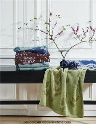 Kundenspezifische strukturierte wärmen gefärbtes Bad-Tuch der Baumwolle100 edles Garn