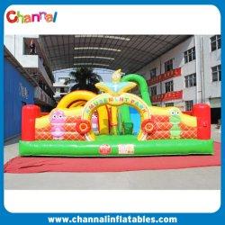 膨張式の小さいスライド弾む家は膨脹可能な子供の遊び場