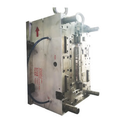 Stampo a iniezione personalizzato per impianto audio manuale dell'auto, condizionatore d'aria Navigator in plastica Pannello e altri tipi di accessori in plastica per automobili stampaggio a iniezione
