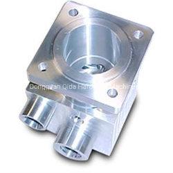 Hot Sale la précision de haute qualité de la machine d'usinage CNC personnalisé