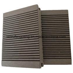 Materiali compositi di plastica di legno di Decking WPC della nuova coestrusione di disegno