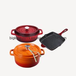 調理器具および鍋は鍋セットを調理するEnamelwareの鋳鉄をセットした