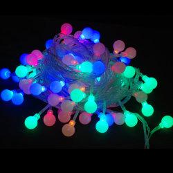 De Lichten van het veelkleurige LEIDENE van de Decoratie van het Festival van de Keten van de Verlichting van het Koord van de Bal Koord van Kerstmis