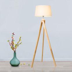 Modernes nordisches europäisches Stativ-Fußboden-Lampen-hölzernes stehendes Licht des Holz-LED