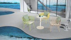 Kleurrijke aluminium stoel en tafel Outdoor meubilair