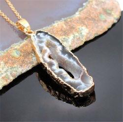 La búsqueda de Ágata laminar natural Geode Druzy Gold Electroplated Pendientes Pendientes Collar de Piedras Preciosas Joyas de conector
