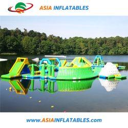 スライド膨脹可能なタワーのスライド水おもちゃを浮かべる夏水公園のゲーム