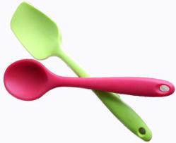 FDA / Ustensiles de cuisine de qualité alimentaire facile à nettoyer une cuillère en silicone / Baby Spoon/ cuillère à soupe, salade de riz cuillère, cuillère à soupe (YB-HR-23)